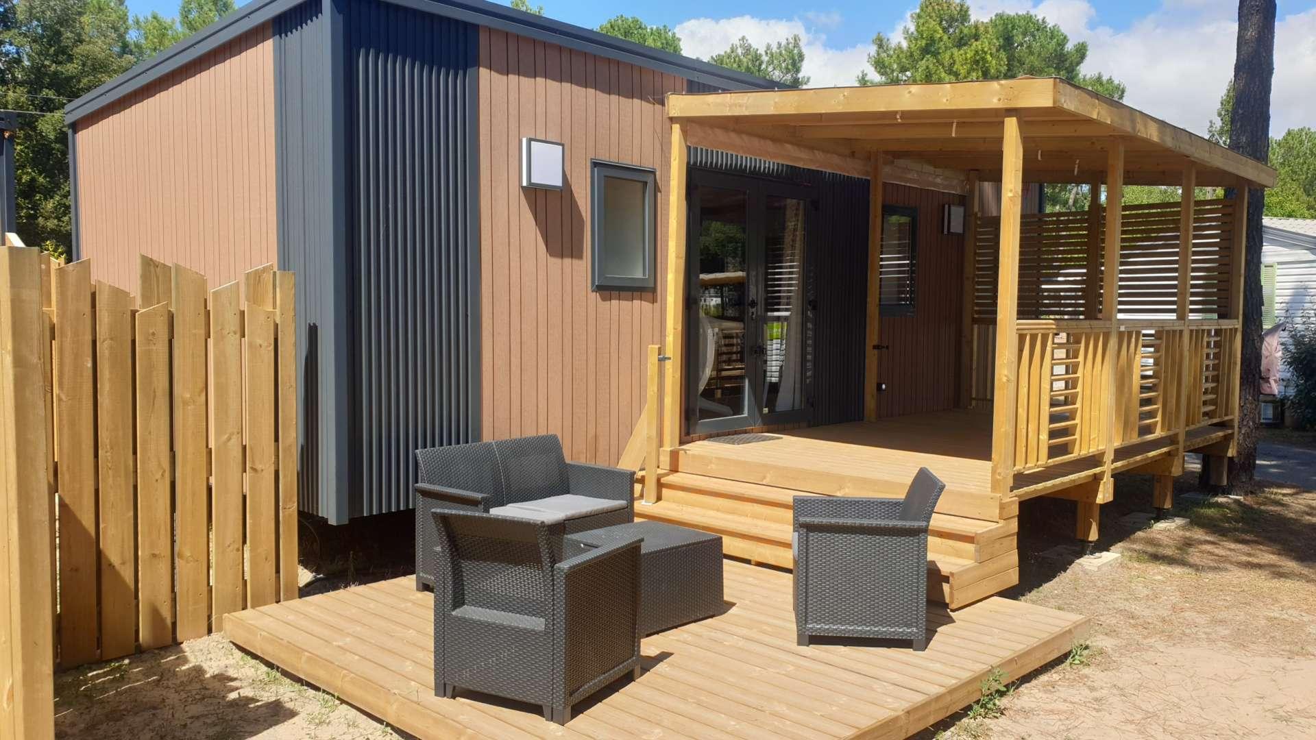 Cottage-Trio-Premium-TV-camping-le-california