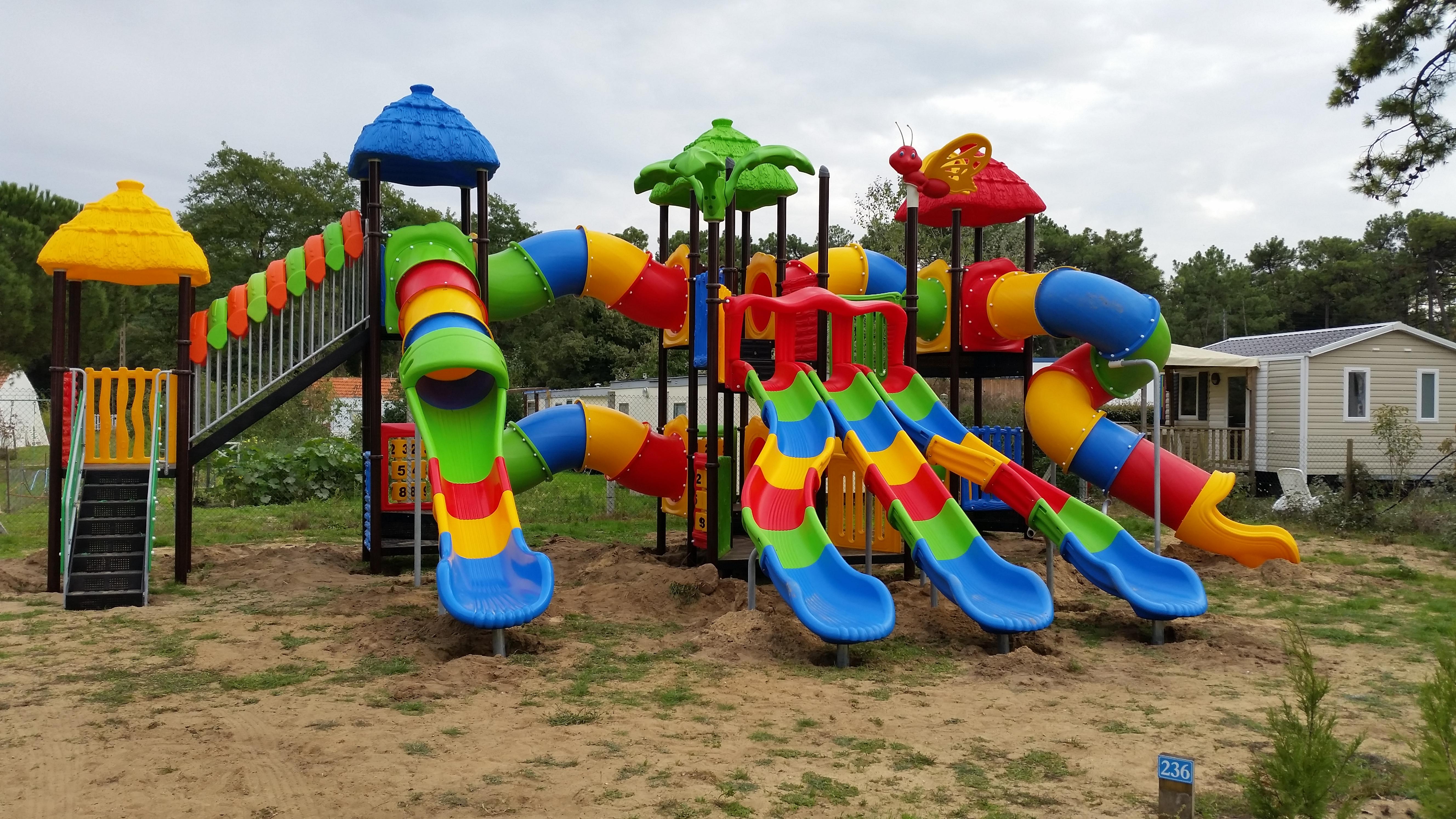 aire de jeux enfants camping le California Saint Jean de Monts