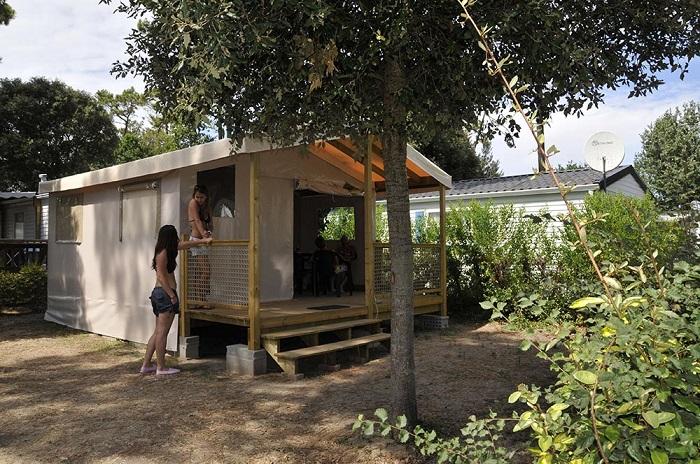 offres sp ciales camping saint jean de monts camping saint jean de monts le california. Black Bedroom Furniture Sets. Home Design Ideas