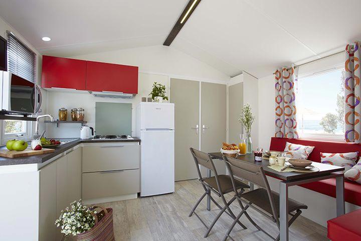 intérieur mobil-home en promotion au camping Le Perrier
